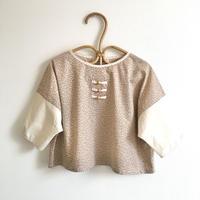 素朴なTの七分シャツ / Kinari