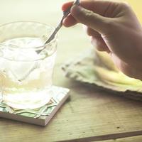 水がおいしくなる魔法の錫マドラー「梅ヶ枝」短(ロックグラス用)