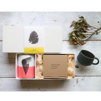 【母の日】スタッキングカップと伝統茶(リーフ20g・缶)のギフトセット