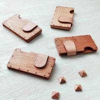 a card case 【チェリー】 - 木と革の名刺入れ -