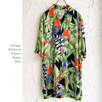 Vintage Botanical Patternオープンカラーシャツ
