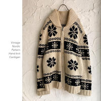 Vintage Nordic Patternカウチンニット
