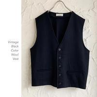 Black Color Wool ベスト