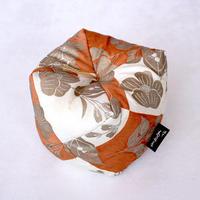 こじゃみ枕/能装束(のうしょうぞく)・橙