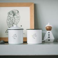 【テーブルの上に小さな幸せ】チボリ ホーローマグカップ
