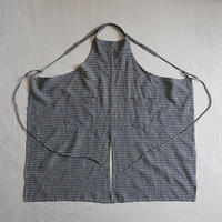 センタースリットエプロン(チェック/シンプルポッケと胸ポッケ)