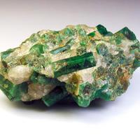 エメラルドの原石