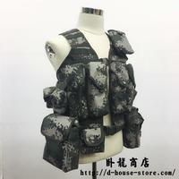 【実物】中国人民解放軍06式通用単兵携行具 林地迷彩 班長配置セット