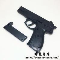 中国人民解放軍QSZ-92式拳銃 ピストル 訓練用プラスチック製メタルフレームダミー トリガー マガジン可動タイプ