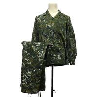 国軍新式デジタル迷彩上着・ズボン
