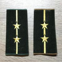 【コレクター商品】中国人民解放軍87式 陸軍 中尉 筒式肩章(1992年~)