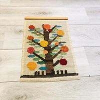 Hemslöjd/タペストリー/編み刺繍織物/カラフルなリンゴの大木