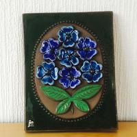 Jie Gantofta/ ジィ ガントフタ/陶板/ブルーのお花の花束