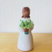 Jie Gantofta/ジィガントフタ/フラワーガールのお嬢ちゃん/黄色のお花