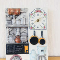 Jie Gantofta/ジィ ガントフタ/陶板/時計/レトロ昔、スウェーデンのキッチンの風景