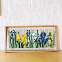 北欧伝統手工芸品/フレミッシュ織/木枠付き壁掛け/北欧の春のお花