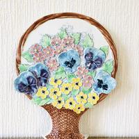 Jie Gantofta/ジィ ガントフタ/陶板/カゴいっぱいの花束