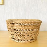 北欧伝統手工芸品/Rotting Korg/蓋つき籐のカゴ/大/27cm x 15cm