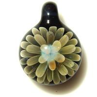 [FG-56] gradation flower pendant