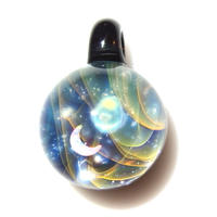 [UAC-02] aurora moon pendant