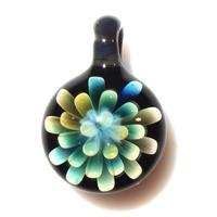 [MFN2-30] mini spread flower pendant