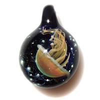 [UK-75] deep sea jellyfish pendant