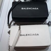 【BALENCIAGA】ロゴが印象的なチェーンバッグ☆2色