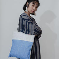 [KAGARI YUSUKE] 壁布トート / Leather / white / 羽黒