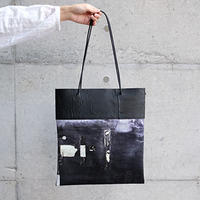 [KAGARI YUSUKE] 壁布トート / Leather / black / 東京 日本橋