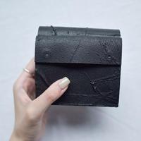 [KAGARI YUSUKE] 三つ折り財布/ Leather /black