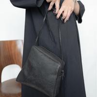 [KAGARI YUSUKE] ジップショルダーバッグ/ Leather / black / w17-04