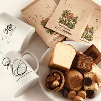 ペアマグとお菓子とドリップパックコーヒー