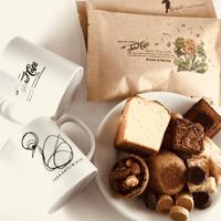 ペアマグとお菓子とコーヒー豆(TAROBLEND&GUATEMALA)