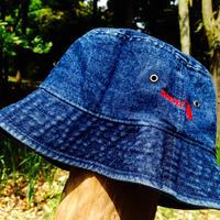 TADPOLE WASHED BUCKET HAT