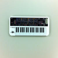 「GAIA SH-01」iPhone5 / 5sケース(ホワイト・レッド)