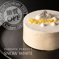 Snow White5層のチーズケーキ(4号12cm)
