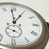 e) 追加作業料金(1人/1時間)