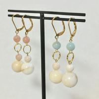 Ring and ball earrings (light blue)