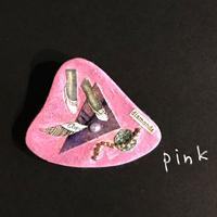 新明祐衣 ブローチ  pink