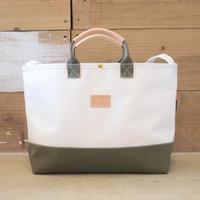 Two Fabrics Bag(ホワイト×カーキ)
