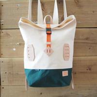 帆布BAGPACK(ホワイト×ダークグリーン×オレンジ)