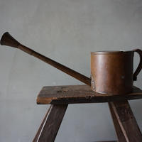 銅のジョーロ