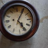 丸い掛け時計/ジャンク品