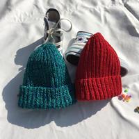 "kids 一年中OKなニット帽""red"