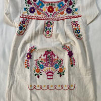 【1-2歳サイズ】キッズ メキシカン刺繍のワンピース(コットン生成り) 07