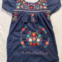 【3-4歳サイズ】キッズ メキシカン刺繍のワンピース(紺)