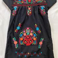 【5−6歳サイズ】キッズ メキシカン刺繍のワンピース(黒)