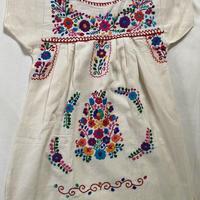 【3-4歳サイズ】キッズ メキシカン刺繍のワンピース(コットン生成り) 002
