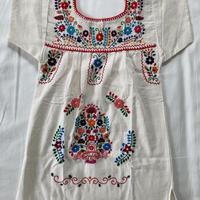 【5-6歳サイズ】キッズ メキシカン刺繍のワンピース(コットン生成り)