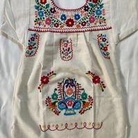 【1-2歳サイズ】キッズ メキシカン刺繍のワンピース(コットン生成り) 04